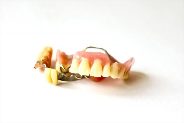 入れ歯の違和感がひどい